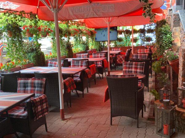 Ресторан-паб, караоке