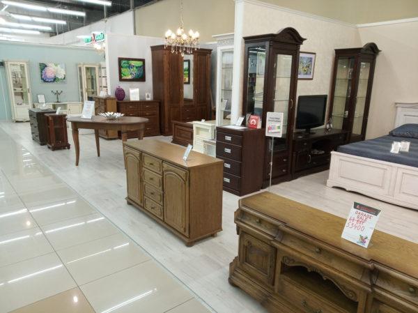 Мебельный Магазин в крупном строительном ТЦ
